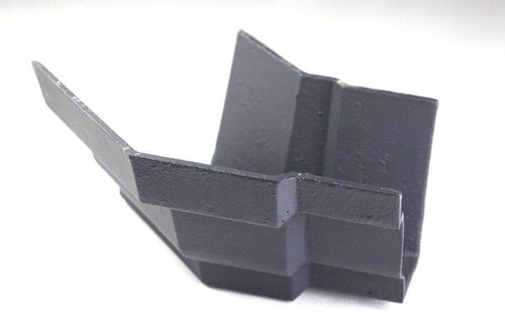 Cast Iron Moulded Ogee Gutter External Angle - 135 Degree x 125mm Primed